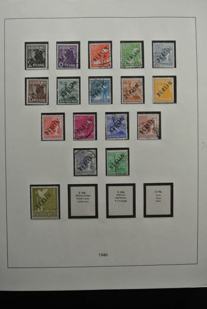 Stamp collection 26288 Berlin 1948-1990.