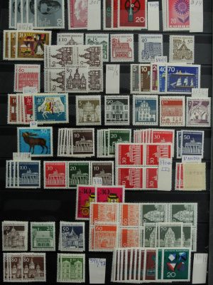 Stamp collection 26932 Bundespost stock 1949-2000.