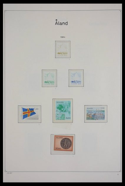 Stamp collection 27713 Aland 1984-2011!