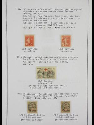 Stamp collection 27931 France 1914-1945.
