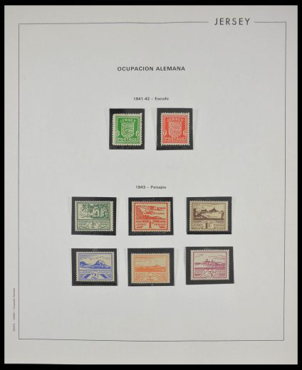 Stamp collection 28070 Jersey 1941-2011.