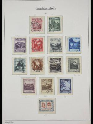 Stamp collection 28188 Liechtenstein 1912-1990.