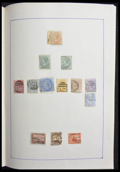 Stamp collection 28265 Malta 1885-2001.