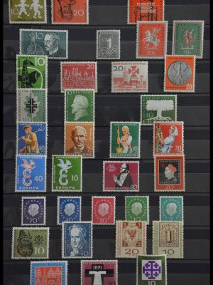 Stamp collection 28485 Bundespost 1958-1999.