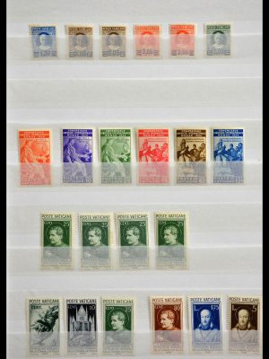 Stamp collection 28644 Vatican 1929-1958.