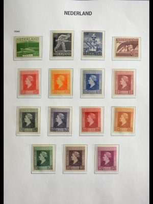 Stamp collection 28751 Netherlands 1945-1989.
