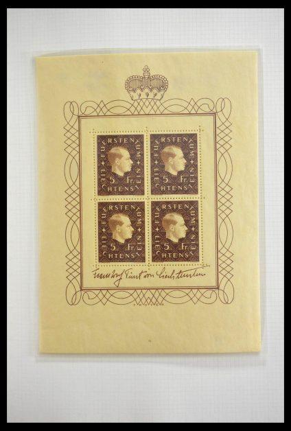Stamp collection 28810 Liechtenstein 1939-1981 kleinbogen.