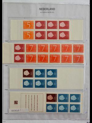 Stamp collection 28853 Netherlands stampbooklets 1964-2005.