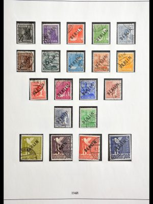 Stamp collection 29025 Berlin 1948-1990.