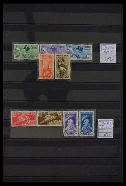 Stamp collection 29642 Italy 1931-1949.
