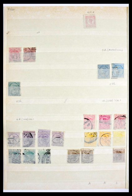 Stamp collection 29971 Australi and New Zealand 1864-1985.