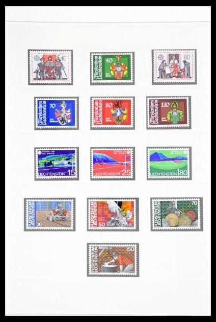 Stamp collection 30192 Liechtenstein 1982-1996.