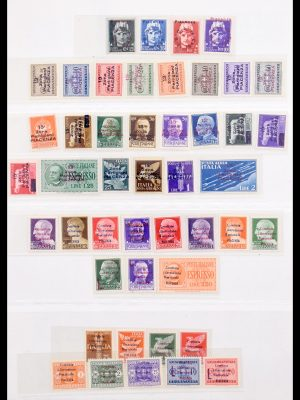 Stamp collection 30254 Italian liberation issues/local stamps 1943-1945.
