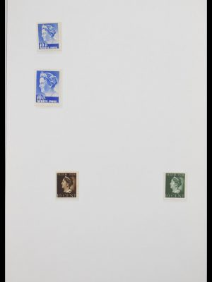 Stamp collection 30553 Dutch east Indies.
