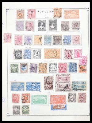 Stamp collection 30620 New Zealand 1855-2013.