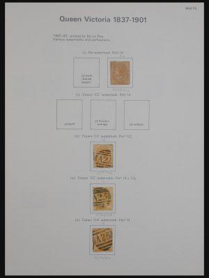 Stamp collection 30959 Malta 1860-1985.