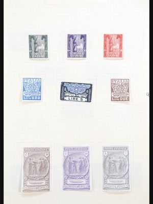 Stamp collection 31184 Italy 1923-1942.
