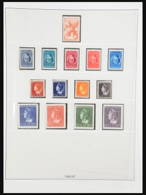 Stamp collection 31370 Netherlands 1945-2000.