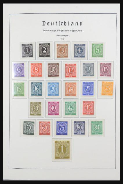 Stamp collection 31536 German Zones 1945-1949.