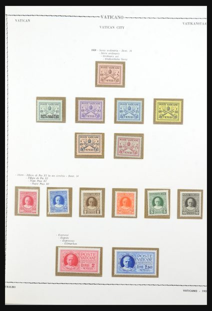 Stamp collection 31574 Vatican 1929-1972.