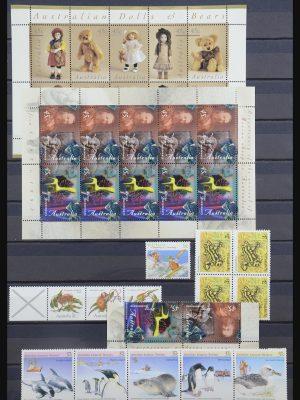 Stamp collection 31802 Australia 1980-2007.