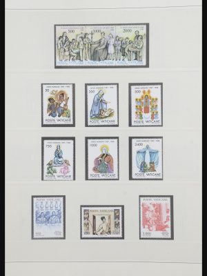 Stamp collection 31804 Vatican 1988-2011.