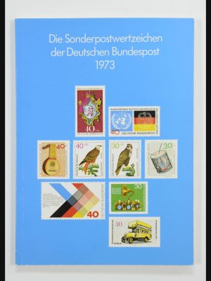 Stamp collection 31836 Bundespost yearbooks 1974-1999.