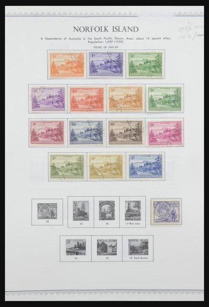 Stamp collection 31858 Norfolk Islands 1947-2000.
