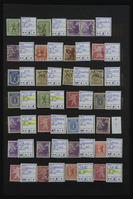 Stamp collection 32185 German Zones 1945-1948.